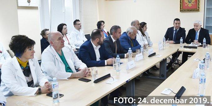 Marković: Dajemo pola miliona eura više za martovske zarade u zdravstvu