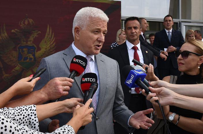 Marković: Onima koji bojkotuju parlament platu zarađuju ovi u čije stanove i džepove virite