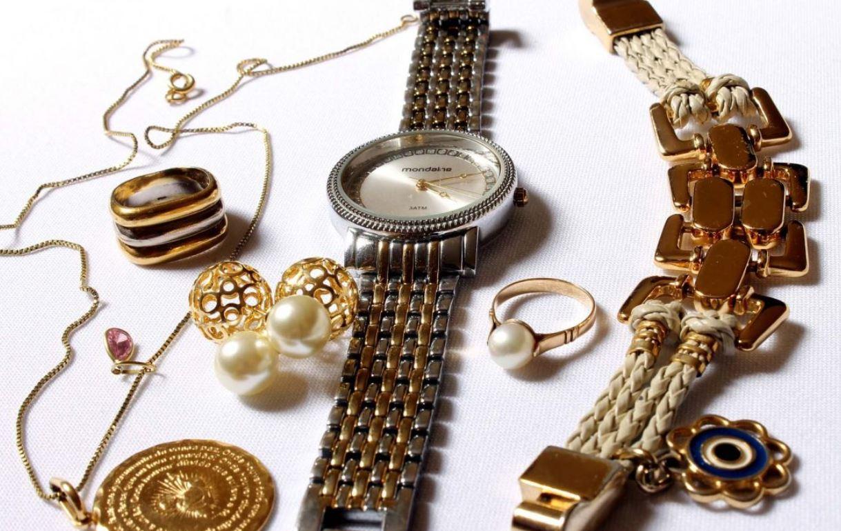 Otkrila super trik za čišćenje nakita: Za samo dva minuta vratite mu sjaj