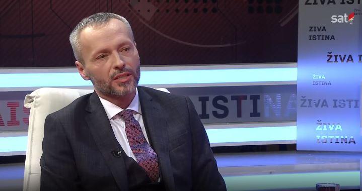 Olenik: Srbija negira crnogorski identitet i državnost a sada profitira samo Rusija