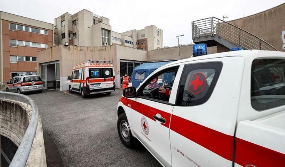 U Italiji za 24 sata preminulo 727 osoba