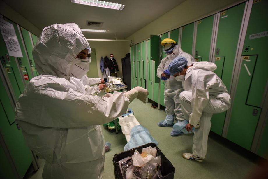 Italija: U posljednja 24 sata umrlo 542 ljudi