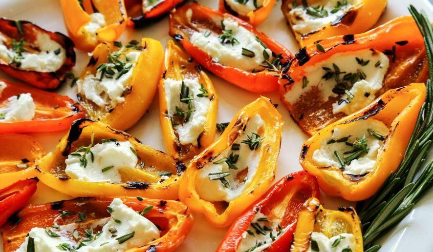 Brzi ručak: Paprike sa sirom