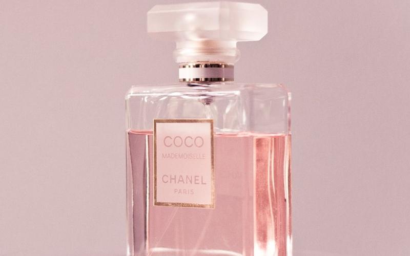 Vještačka inteligencija ušla i u proizvodnju parfema