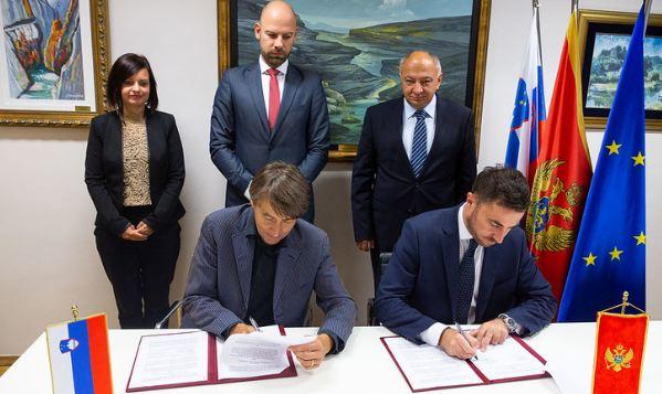 """Potpisan sporazum o objavljivanju dvojezičnog izdanja """"Gorskog vijenca"""""""