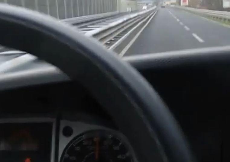 """Osmogodišnjak """"pozajmio"""" automobil od majke: Vozio 140 km/h"""