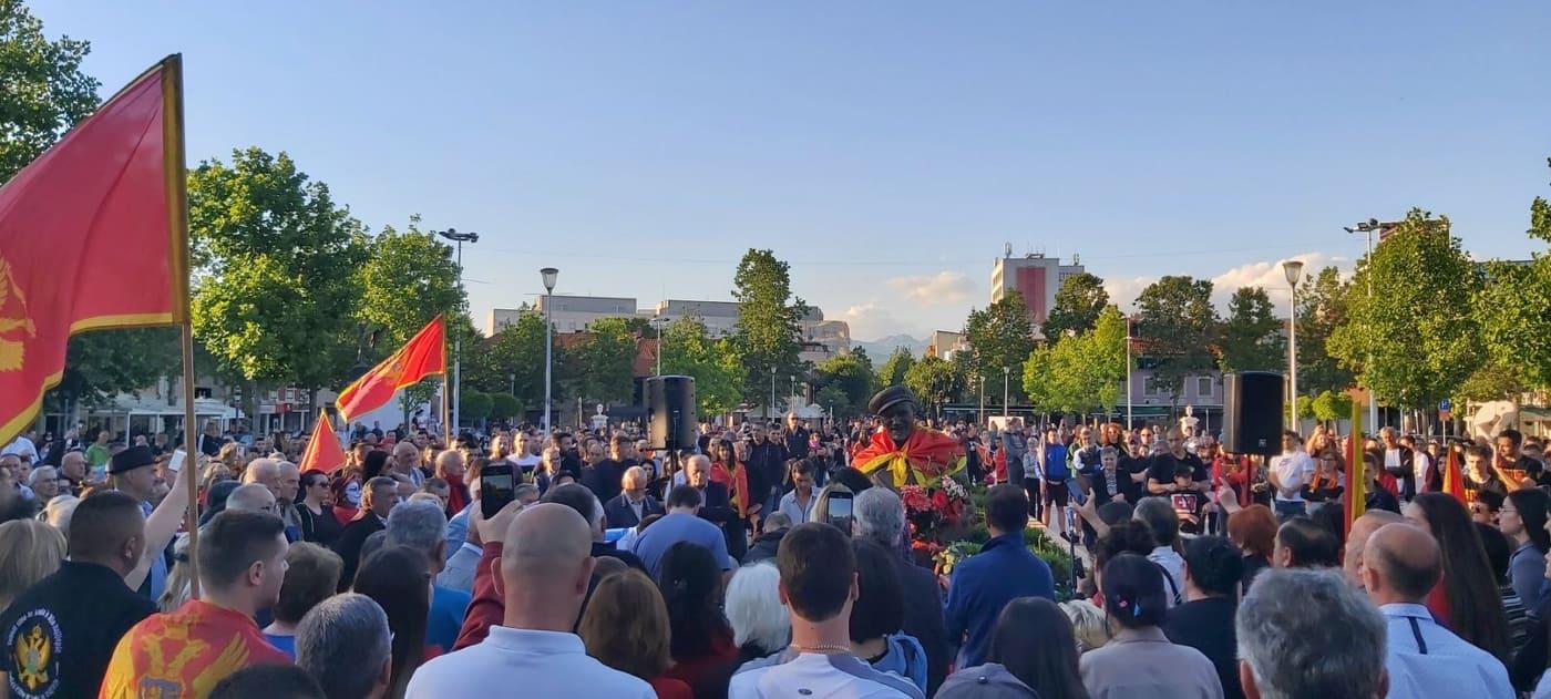 Protest u Nikšiću: Ne damo te Ljubo!