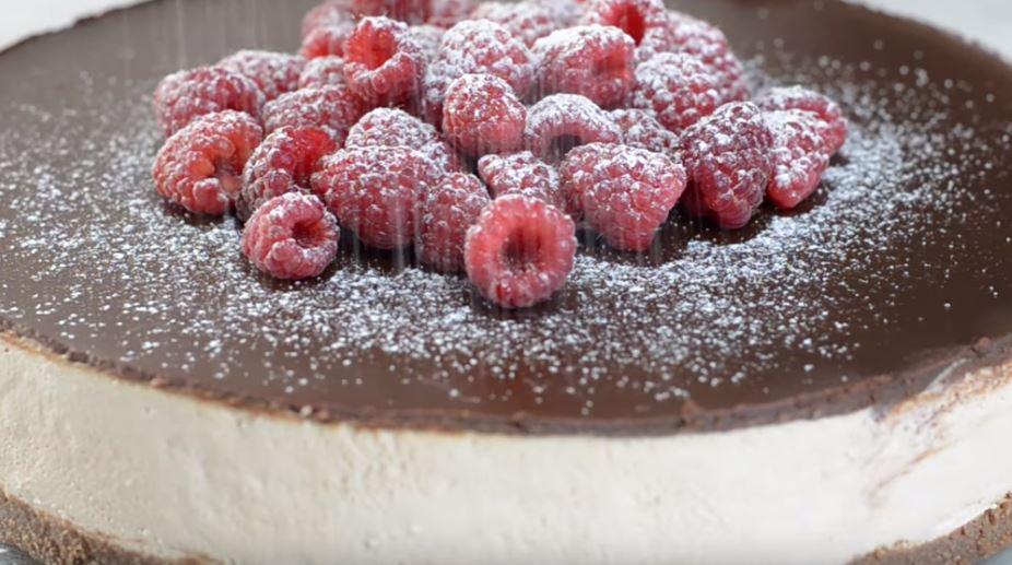 Spremite neobični čokoladni čizkejk koji se ne peče