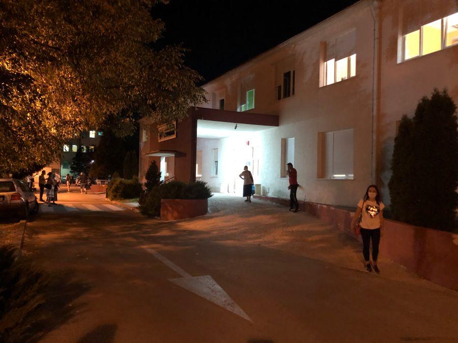 U Brezoviku otvorena nova zona za prijem; Abdić: Svi pacijenti zbrinuti