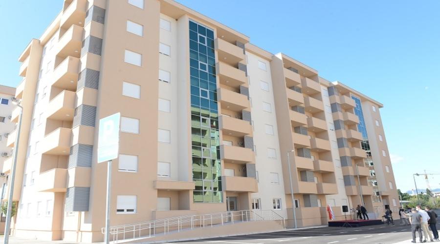 Podrška Glavnog grada: 88 zaposlenih u ''Čistoći'' riješilo stambeno pitanje