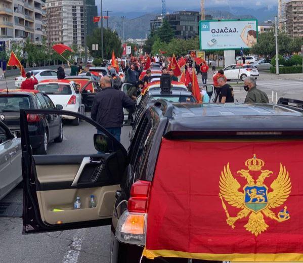 Patriotske auto-kolone održane u više crnogorskih gradova