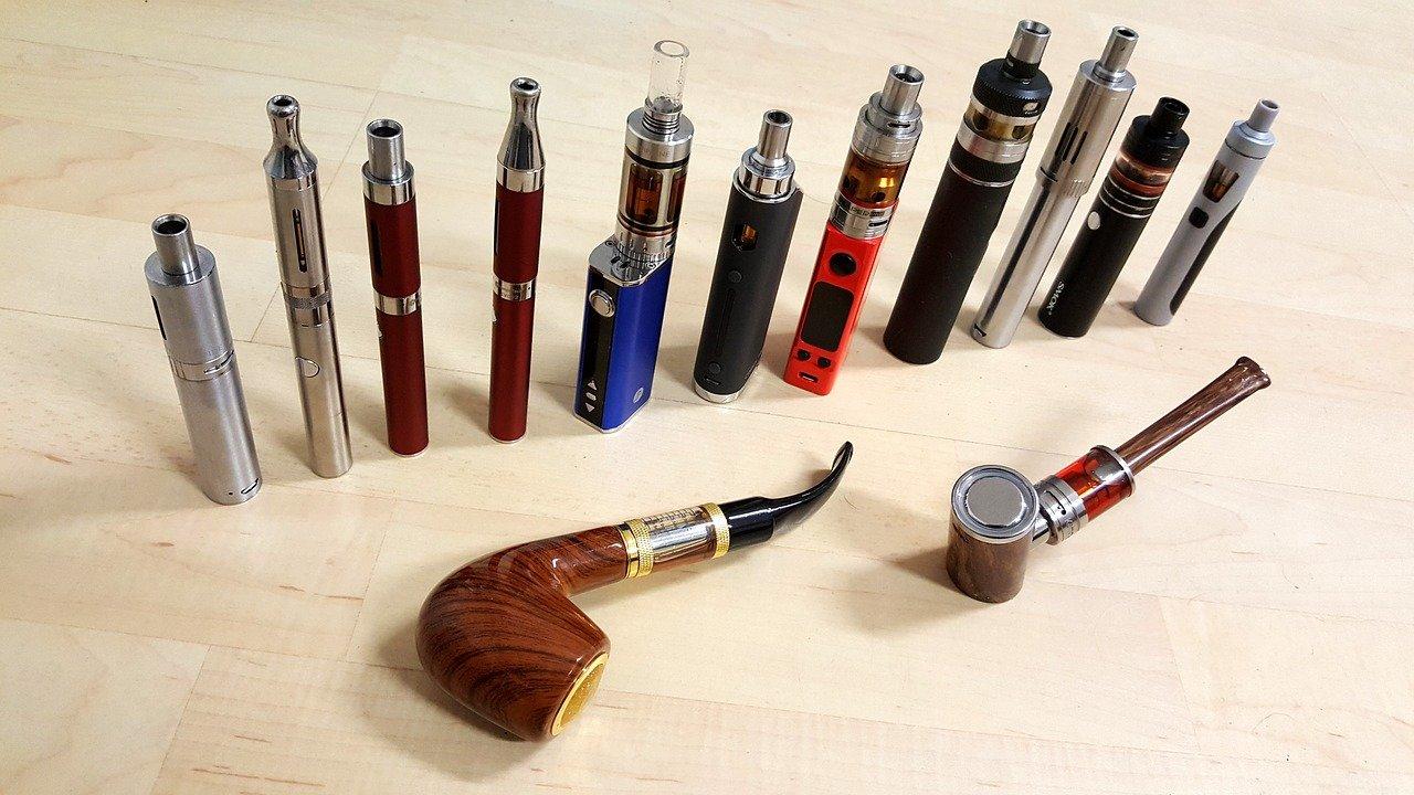 FDA odlaže konačnu odluku o e-cigaretama