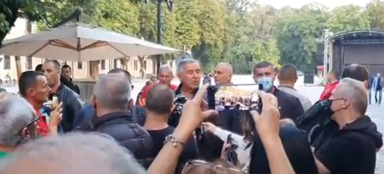 Đukanović stigao na Cetinje: Ipak se nadam da će Crkva postupiti razumno