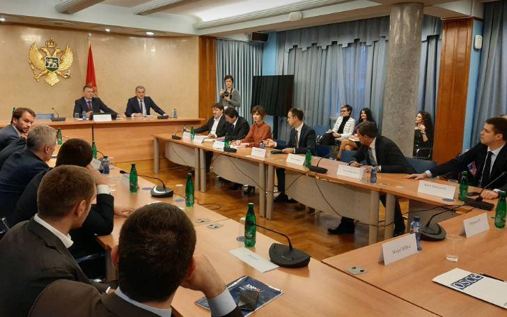 Odbor bez Demokrata, Gvozdenović: Skupštini ćemo dostaviti nekoliko zakonskih rješenja