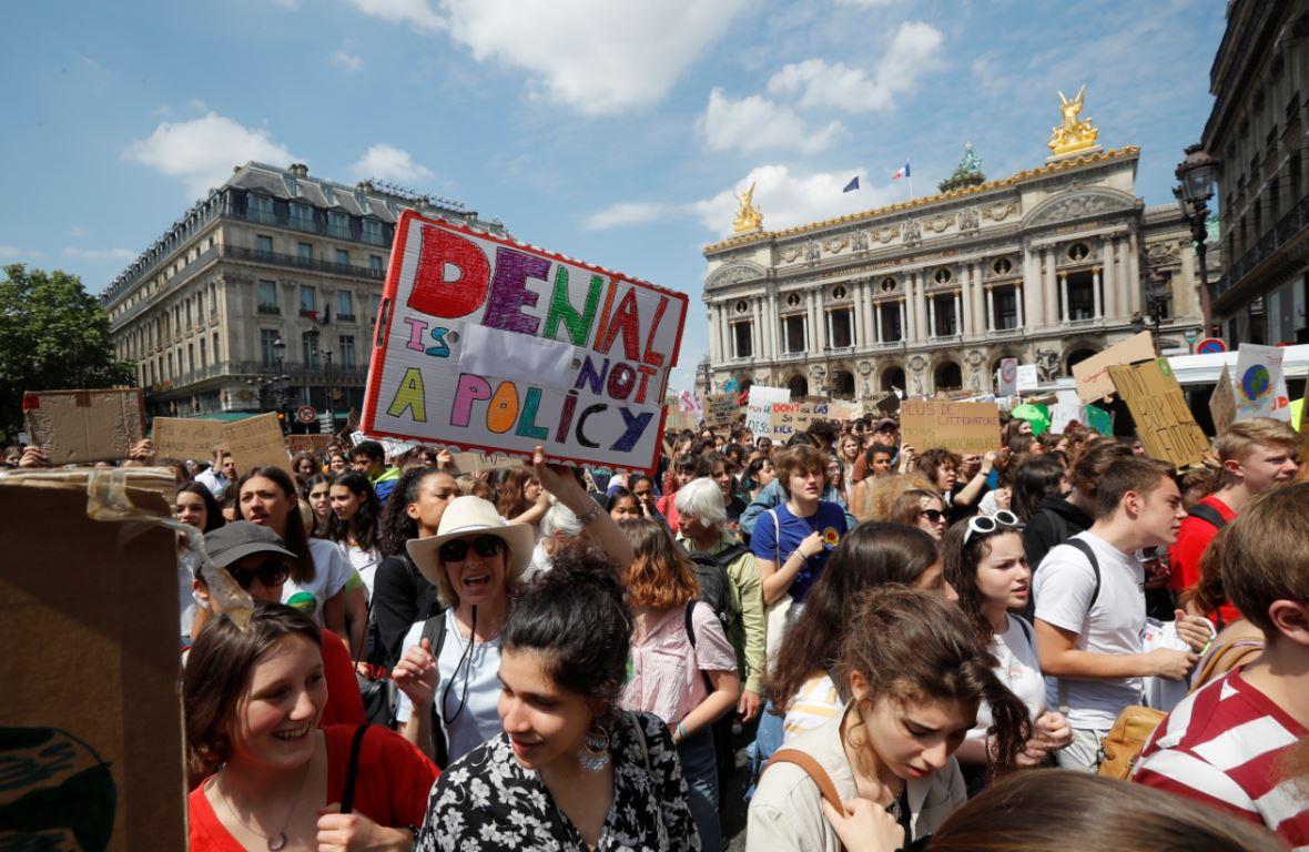 """""""Žuti prsluci"""" ponovo na ulicama Pariza"""