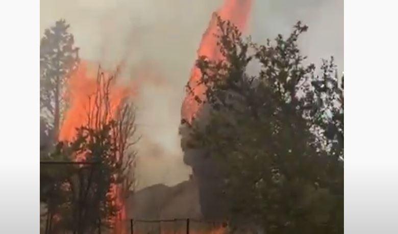 Dramatični snimci iz Zagoriča: Vatra bila nadomak kuća