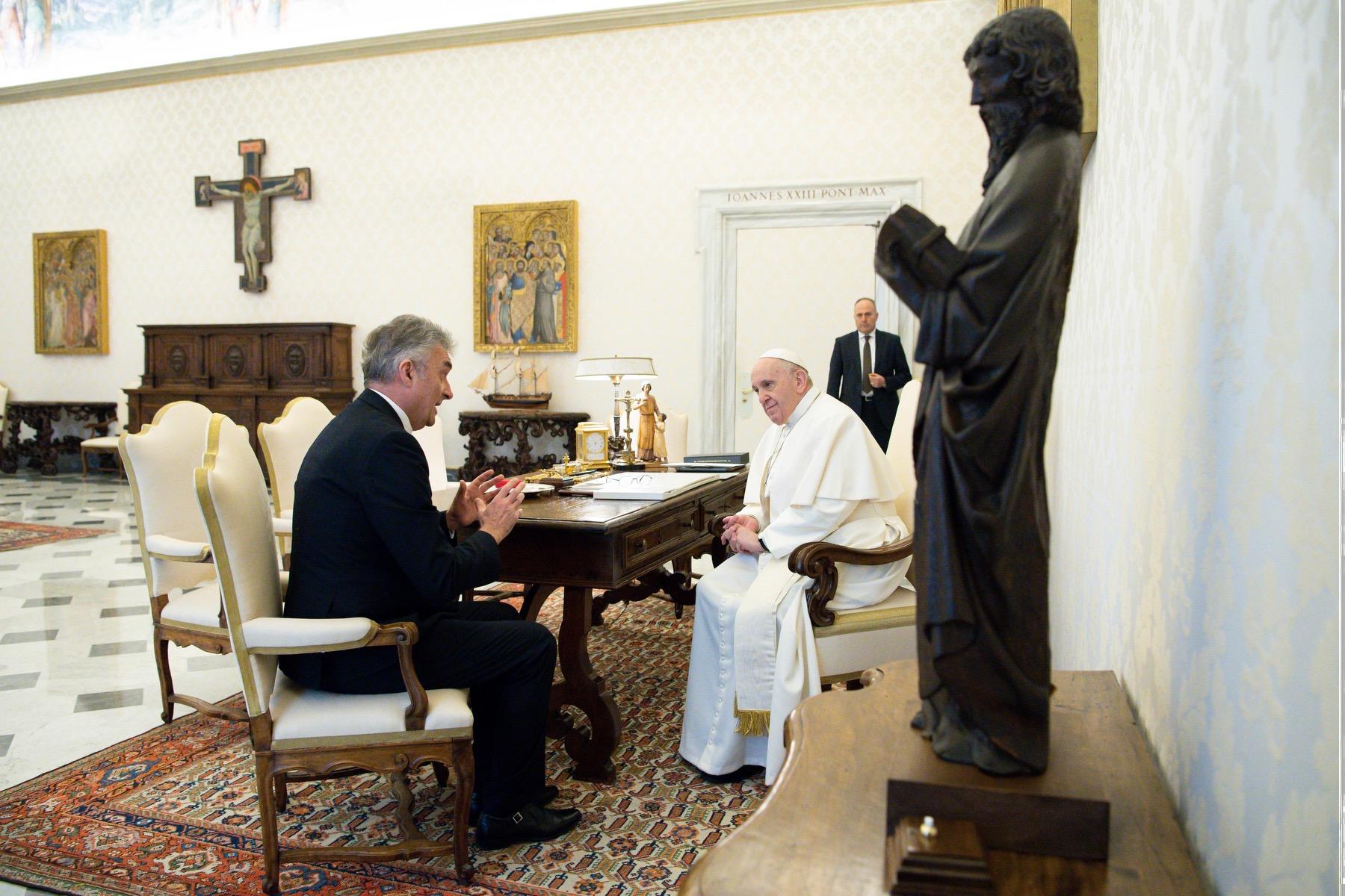 Vlahović kod Pape