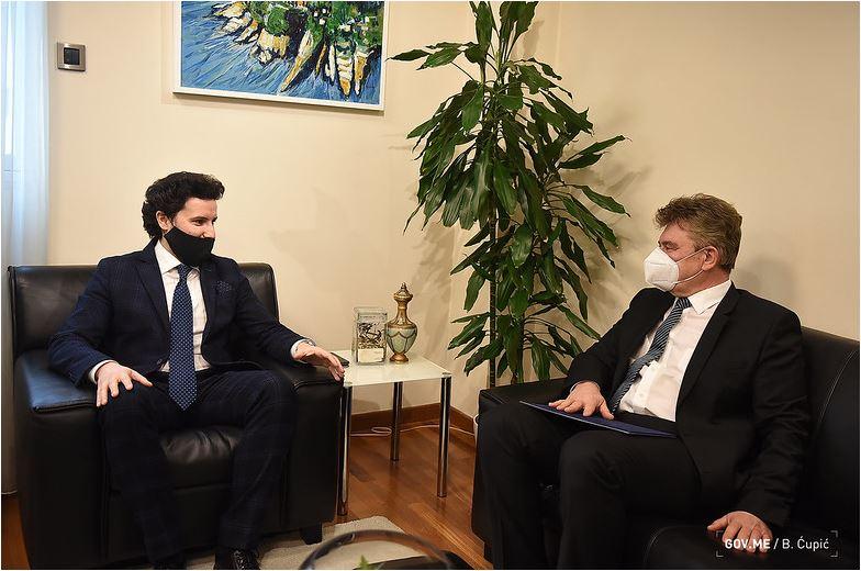 Abazović: Snažna podrška međunarodne zajednice dokaz da Crna Gora ide pravim putem
