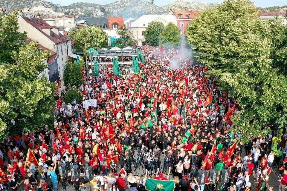 Na Cetinju masovnije nego ikad: NE klerofašizmu!
