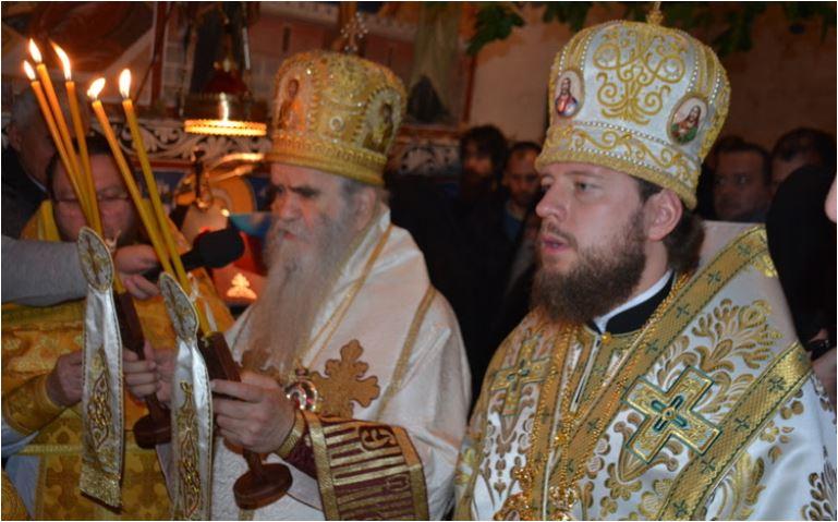 Amfilohije: Oni koji donose bezbožne zakone da okončaju kao Porošenko