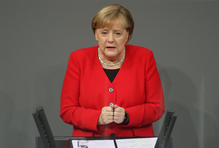 Merkel: Da bi Evropa preživjela njena ekonomija mora preživjeti