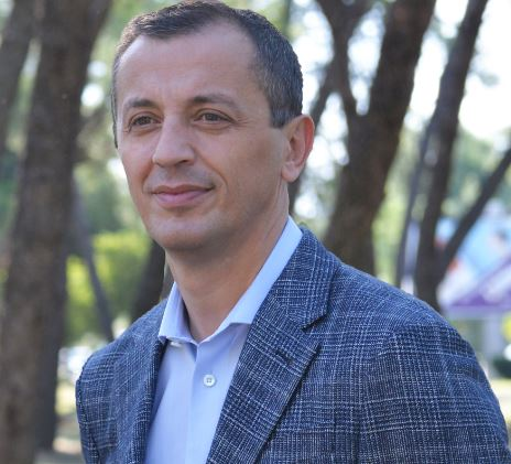 Knjige koje preporučuje ministar odbrane Predrag Bošković
