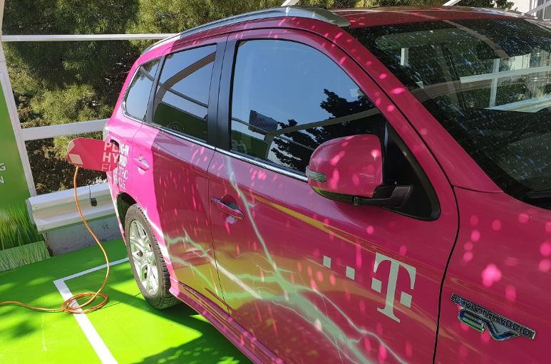 Telekom: E-punjači u Tivtu, Cetinju i Pljevljima