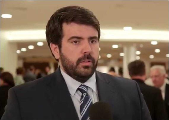 Filipović: Raspodjela resora novo Abazovićevo posrnuće