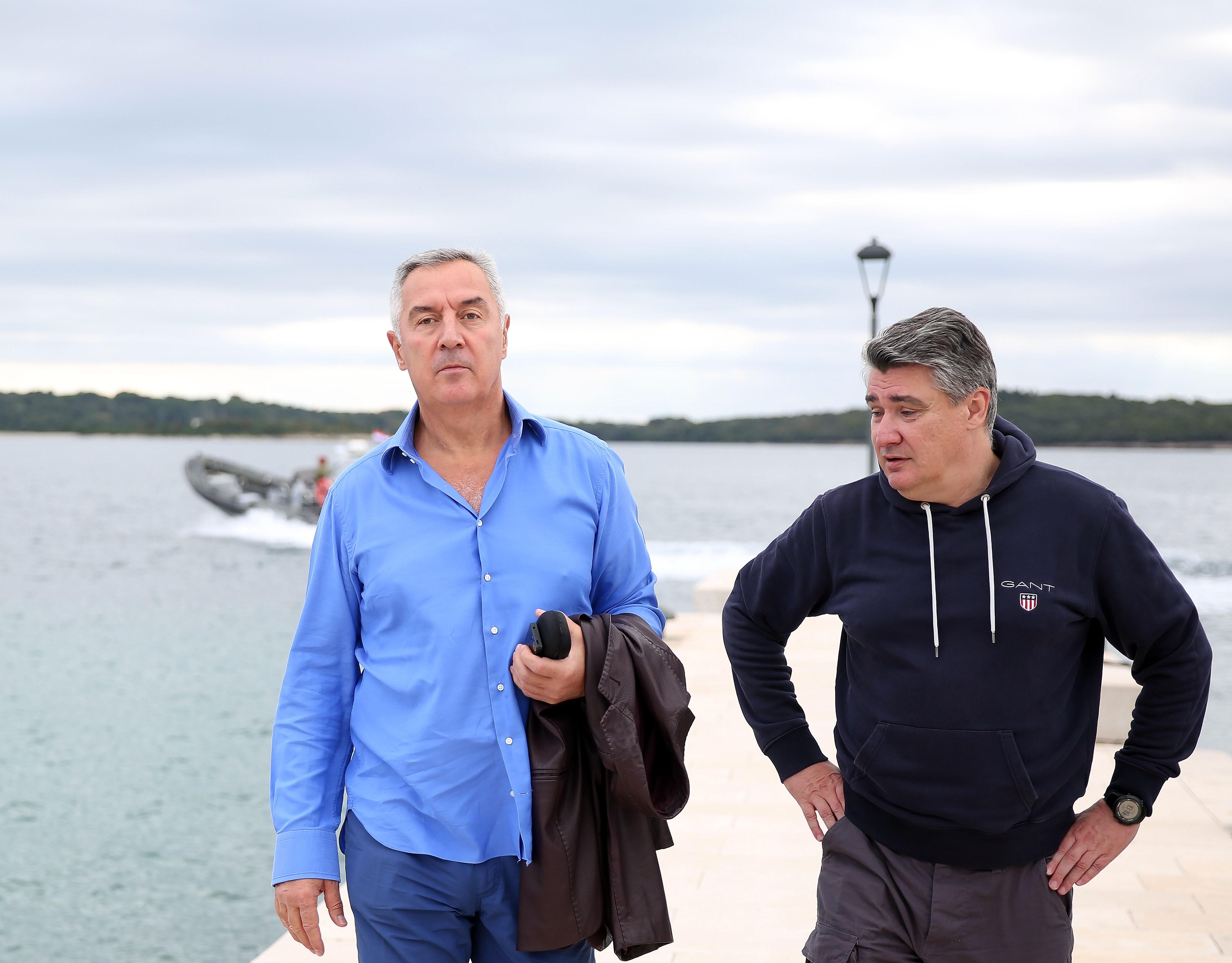 Posjeta Đukanovića Hrvatskoj otvara barem dva krupna pitanja. Je li nam to trebalo? Ovo je izuzetna situacija