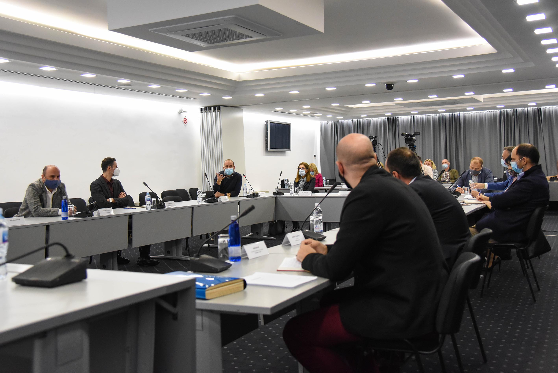 Okrugli sto: Što prije stvoriti uslove za kvalitetnu implementaciju Zakona o fiskalizaciji u prometu proizvoda i usluga