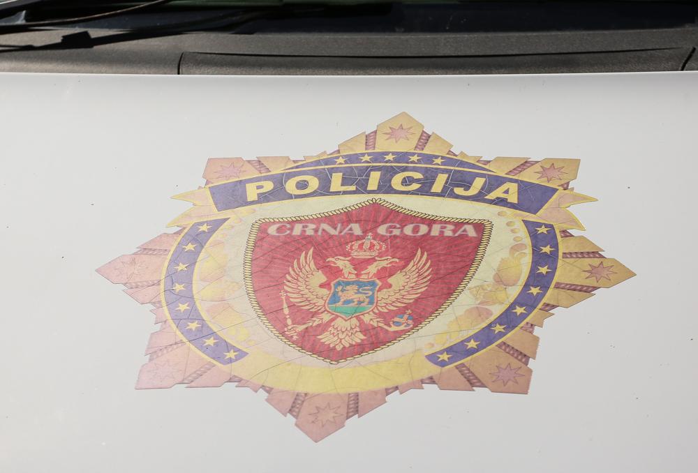 Policija u Nikšiću pronašla drogu i preko 60 hiljada eura