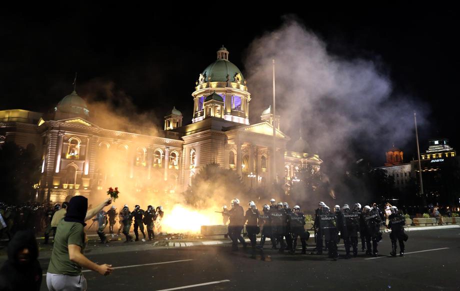 Sukobi na srpskoj desnici