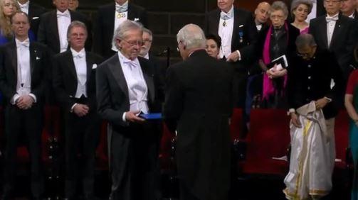 Peteru Handkeu uručena Nobelova nagrada za književnost
