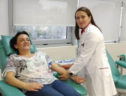 Zaposleni u Upravi za nekretnine dali krv
