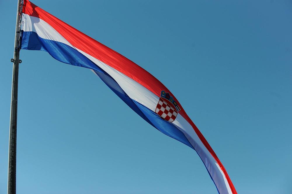 Status mladog Hrvata zapalio region