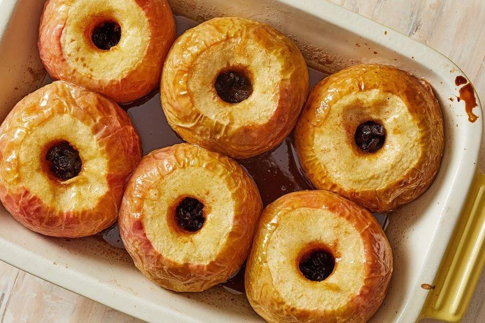 Desert od pečenih jabuka