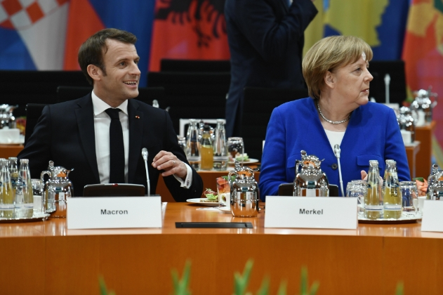 Makron kaže da bi podržao Merkel na čelu Evropske komisije