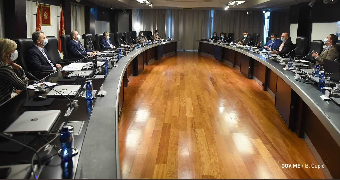 NKT odgovorilo Srbiji na optužbe da CG ne testira adekvatno; Nova pravila za pomorce