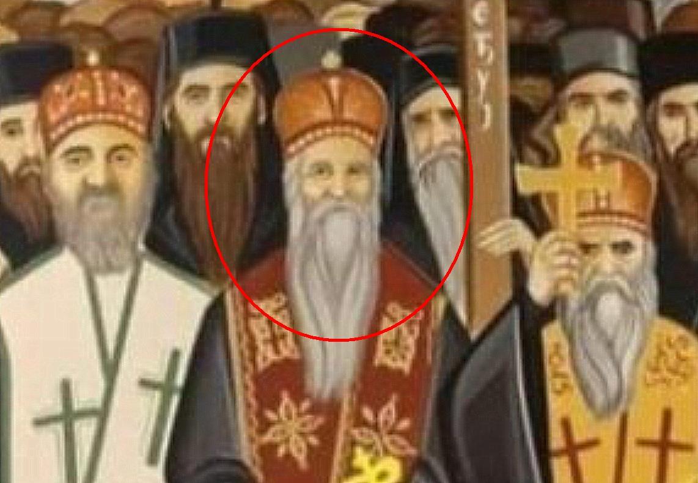 Novotarije u crkvi: Mićović sebe freskopisao