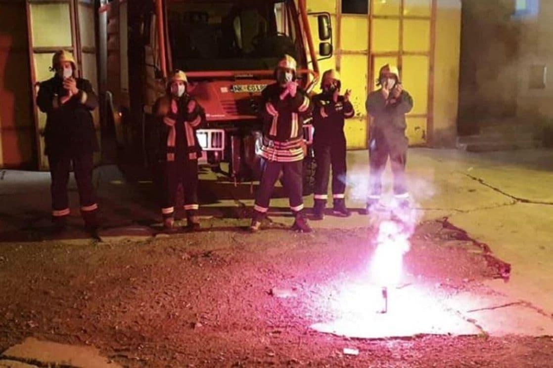 Pogledajte kako su nikšićki vatrogasci pozdravili zdravstvene radnike