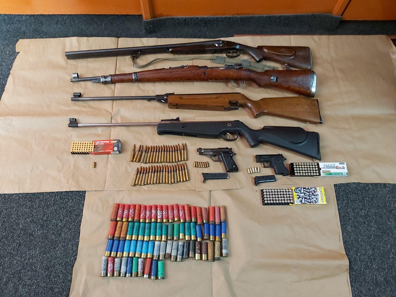 Budva: Uhapšen zbog ilegalnog posjedovanja oružja i municije