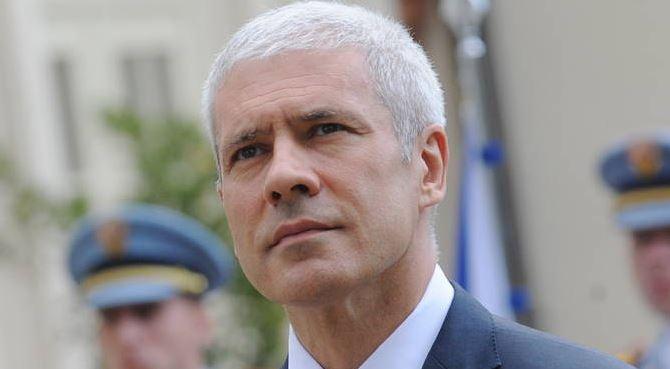 Prijetnje smrću Borisu Tadiću na beogradskim zidovima