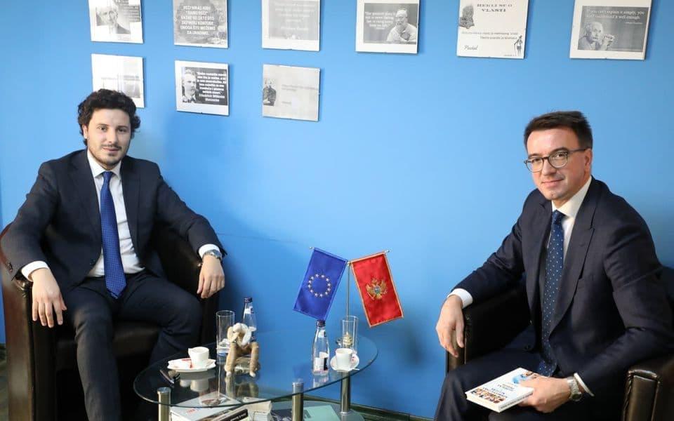 Abazović: Obaveza Vlade da unaprijedi odnose sa Rusijom