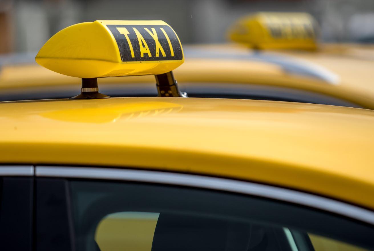 Pavlović: Fiskalne kase bi omogućile pravi prikaz prometa u taksi prevozu
