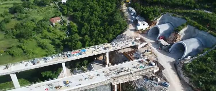 Novi snimak autoputa iz vazduha