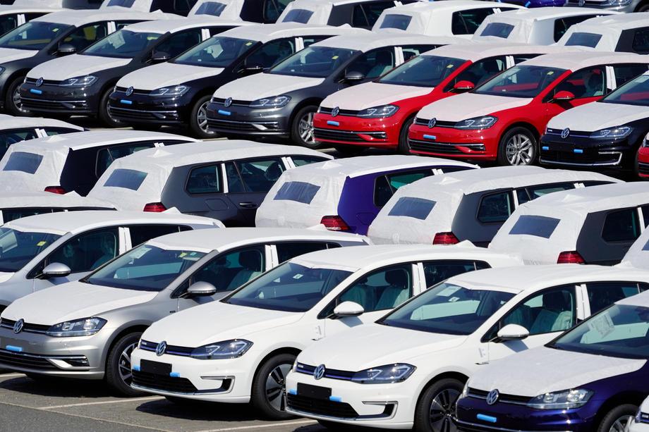 Prodaja automobila u Njemačkoj petinu manja