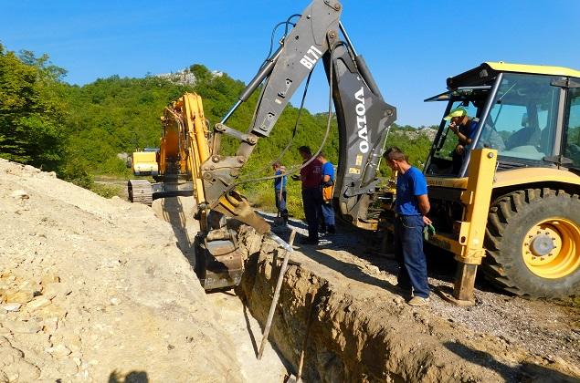 Rekonstruišu cjevovod Velja Gora na Cetinju