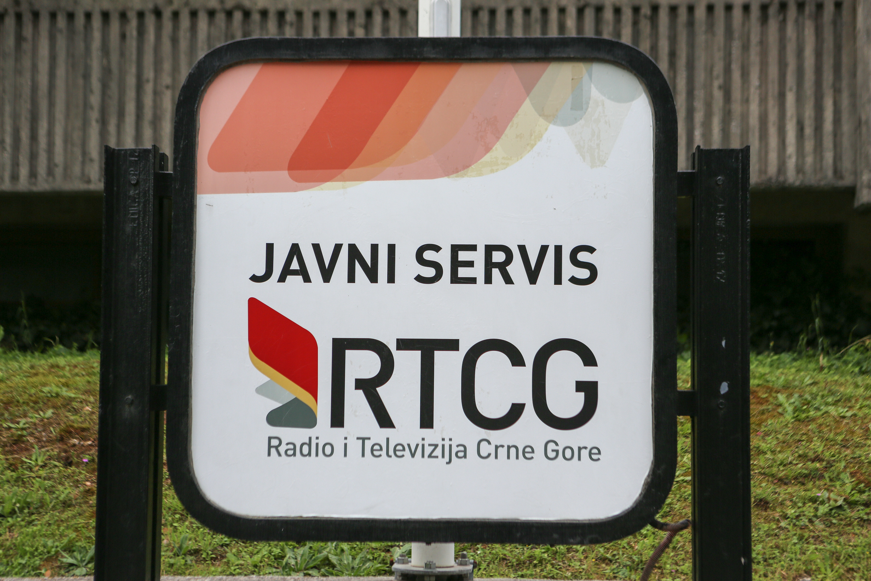 Menadžment RTCG: Uličarski termini i jezik mržnje u Skupštini