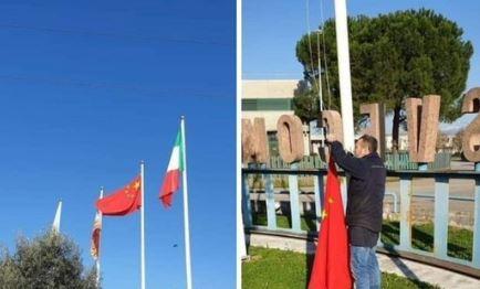 Italijani masovno skidaju zastave EU i kače zastave Kine i Rusije