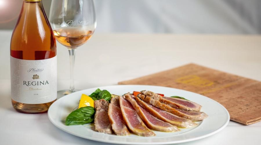 Restoran 13 jul predlaže: Tuna stek sa grilovanim povrćem